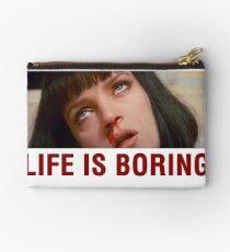 Das Leben ist langweilig (Pulp Fiction) - T-Shirt Telefon und ipad Fall Täschchen