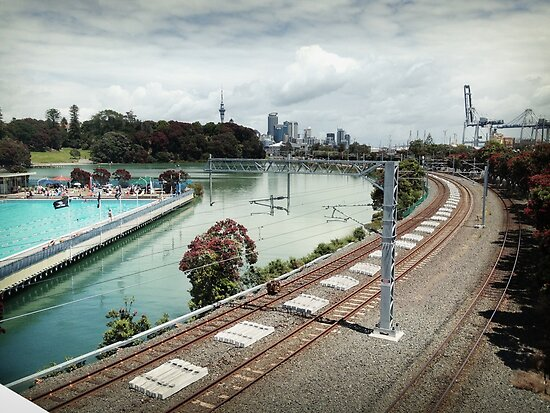swimming baths, auckland by Mimi Huang