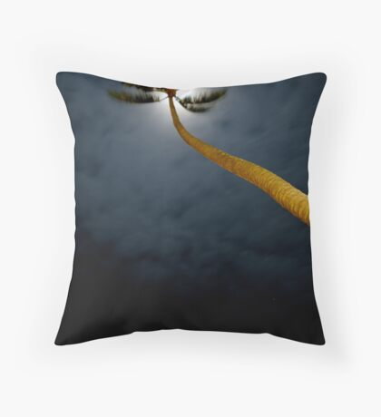 Palm in the wind Throw Pillow
