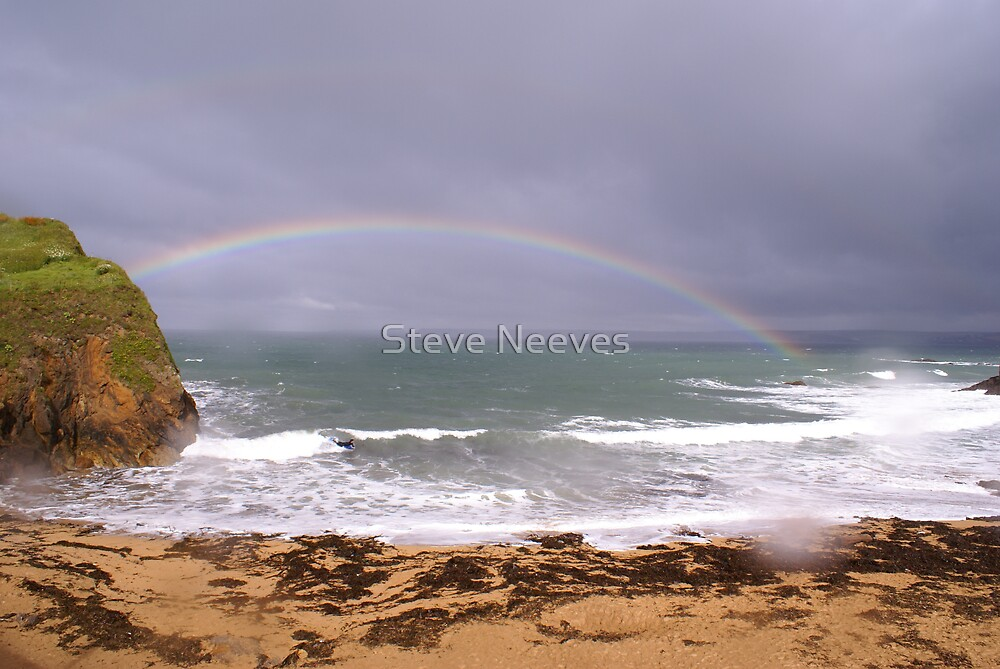 rainbow beach by Steve Neeves