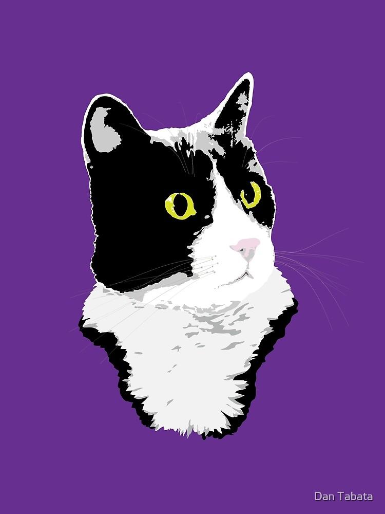 Regal Tuxedo Kitty by Dan Tabata