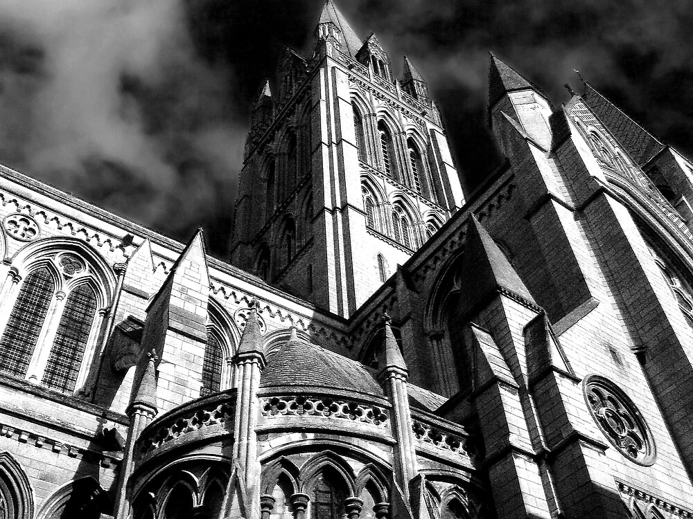 Truro Cathedral B/W by mariarty