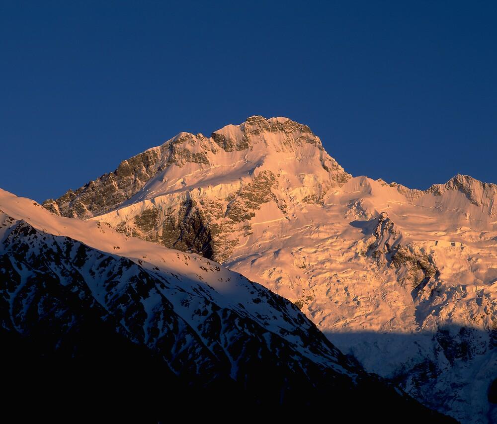 Southern Alps Sunrise, New Zealand by David Jamrozik