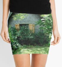 Country Garden Shed Mini Skirt