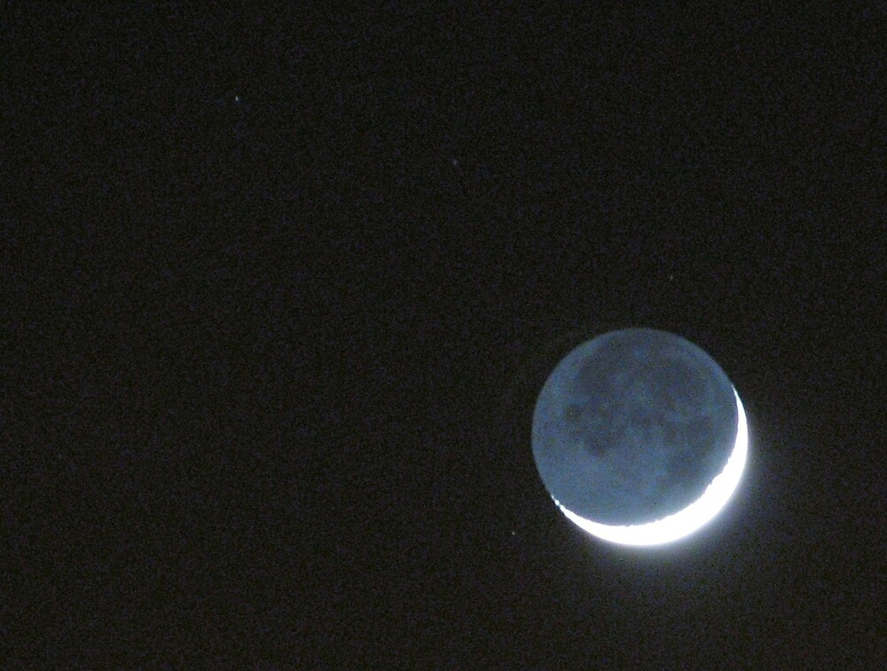 Earthshine by Steve Wells