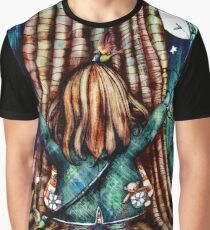 Tree Hugs Graphic T-Shirt