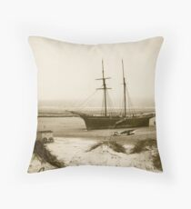 Mablethorpe Beach Lincolnshire 1894 Throw Pillow