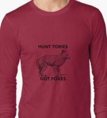 Hunt Tories Not Foxes  T-Shirt