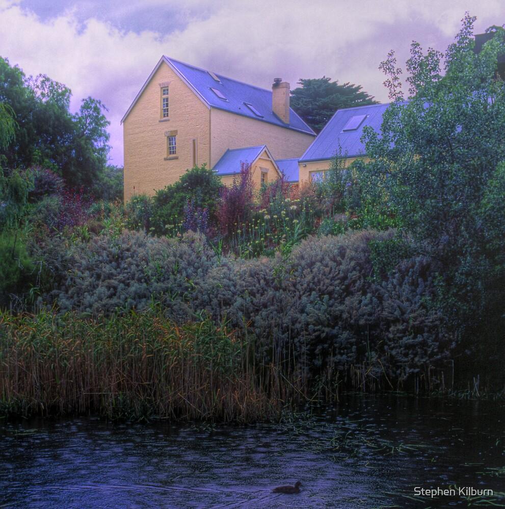 Old House - Richmond - Tasmania by Stephen Kilburn