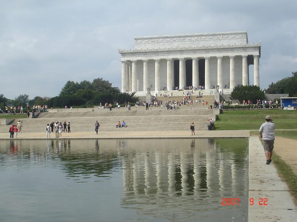 Lincoln Memorial by reddy