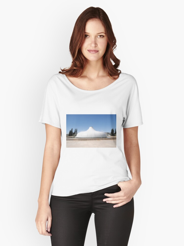 Israel, Jerusalem, Israel Museum, The Shrine of the Book Women's Relaxed Fit T-Shirt Front
