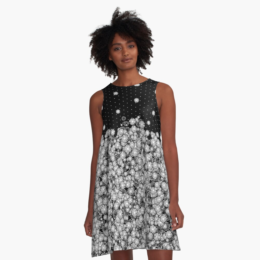 Black & White Daisy Pattern A-Line Dress Front
