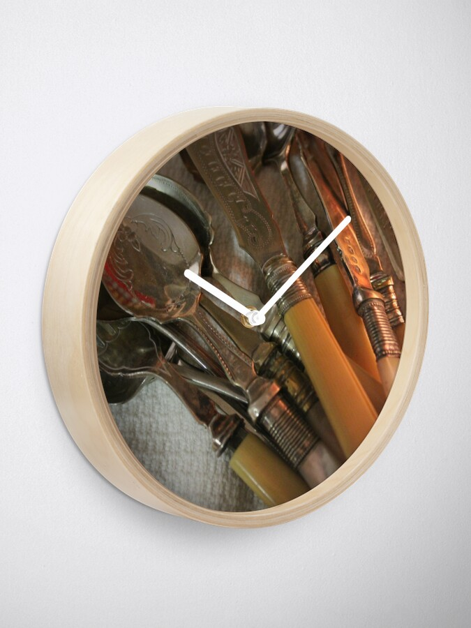 Alternate view of Vintages - The pleasure of collecting Clock