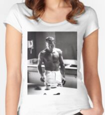 Steve McQueen Making Coffee  Women's Fitted Scoop T-Shirt