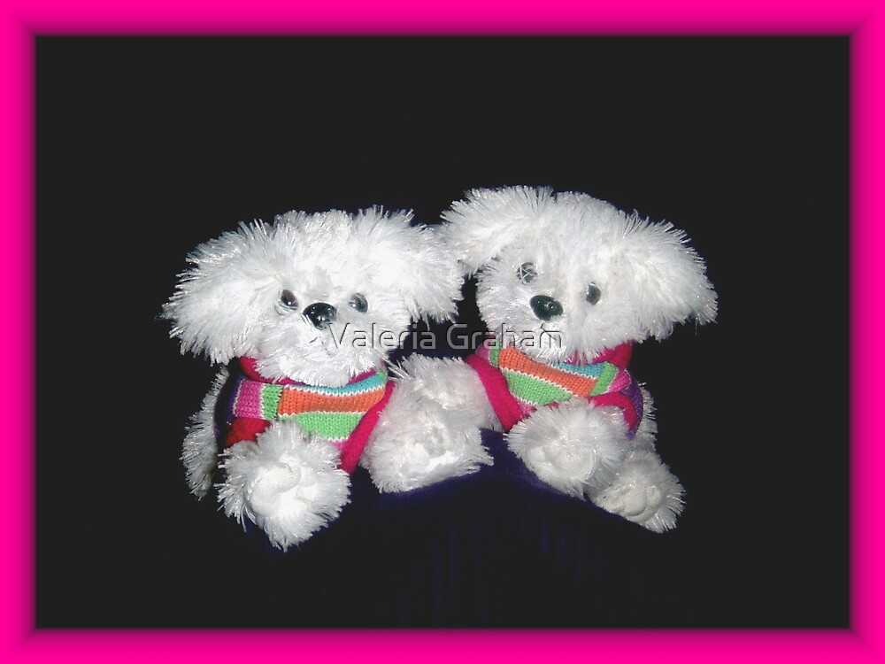 Stuffed bears by Valeria Lee
