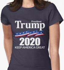 Camiseta entallada Presidente Trump 2020 - Keep America Great