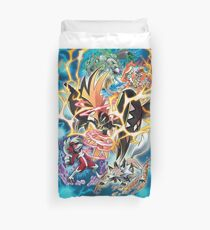 Tapu Koko Shiny, Golisopod, Lycanrock y Kommo-o Pokémon Sol y Luna Duvet Cover
