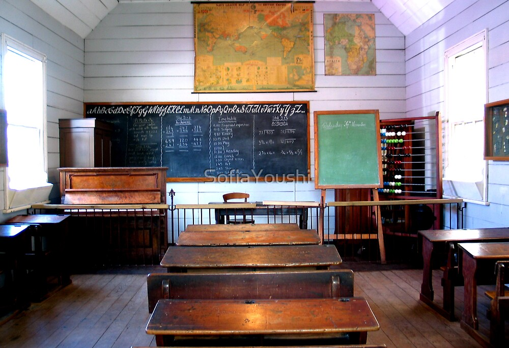 CLASSROOM SCHOOL  by SofiaYoushi