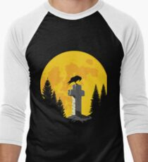 Crow on a cross in the moonlight Men's Baseball ¾ T-Shirt