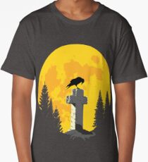 Crow on a cross in the moonlight Long T-Shirt