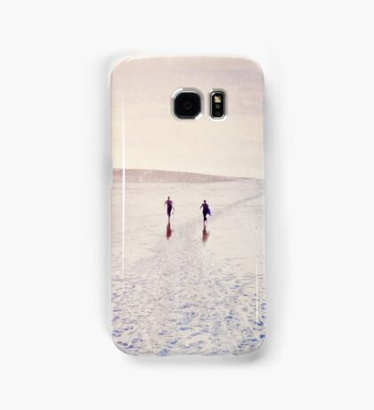 Surfers in the snow. Samsung Galaxy Case/Skin
