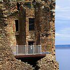 The Grant Tower, Urquhart Castle by lezvee