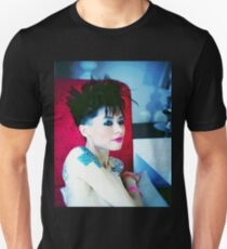 Model shirt (Shaina Mode) Unisex T-Shirt