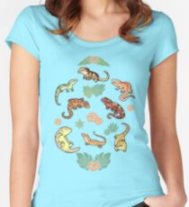 Gecko family in green Women's Fitted Scoop T-Shirt