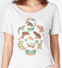 Gecko family in green Women's Relaxed Fit T-Shirt