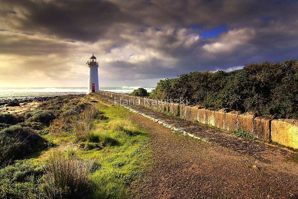 1331 Lighthouse 2 by Hans Kawitzki