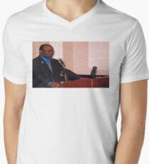 Meme - guy about to spill the tea T-Shirt