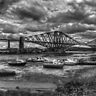 Low Tide in North Queensferry - B&W by Tom Gomez