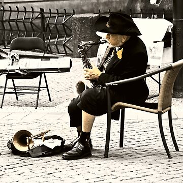 Old Man Musician by nayamina