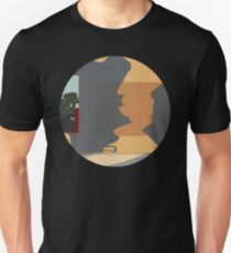 0037 Shadows chatting - circle T-Shirt