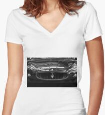 Head On Women's Fitted V-Neck T-Shirt