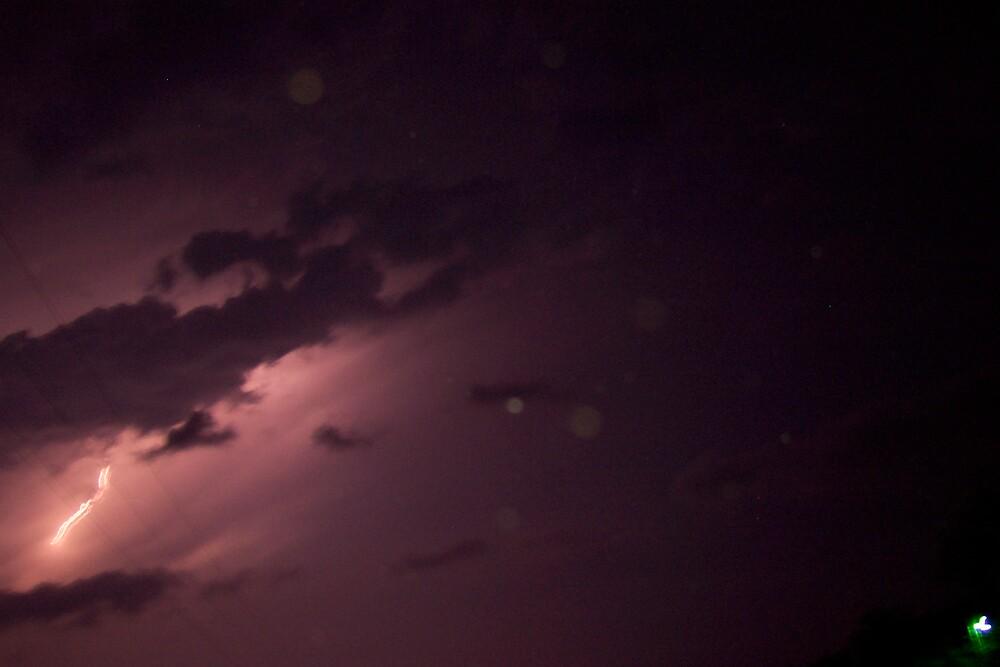Lightening in the Sky by jennart