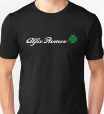 Alfa Romeo Quadrifoglio (weiß) Slim Fit T-Shirt
