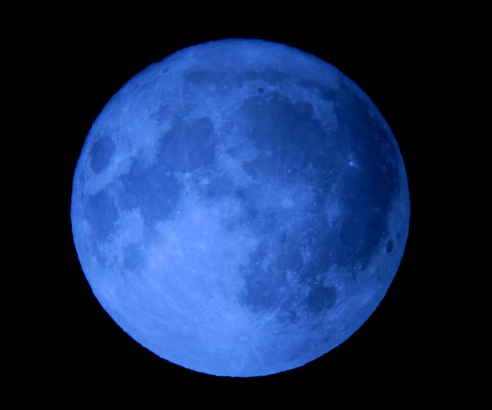 Blue Moon by JLDunn