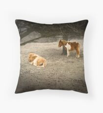 Newforest ponnies Throw Pillow