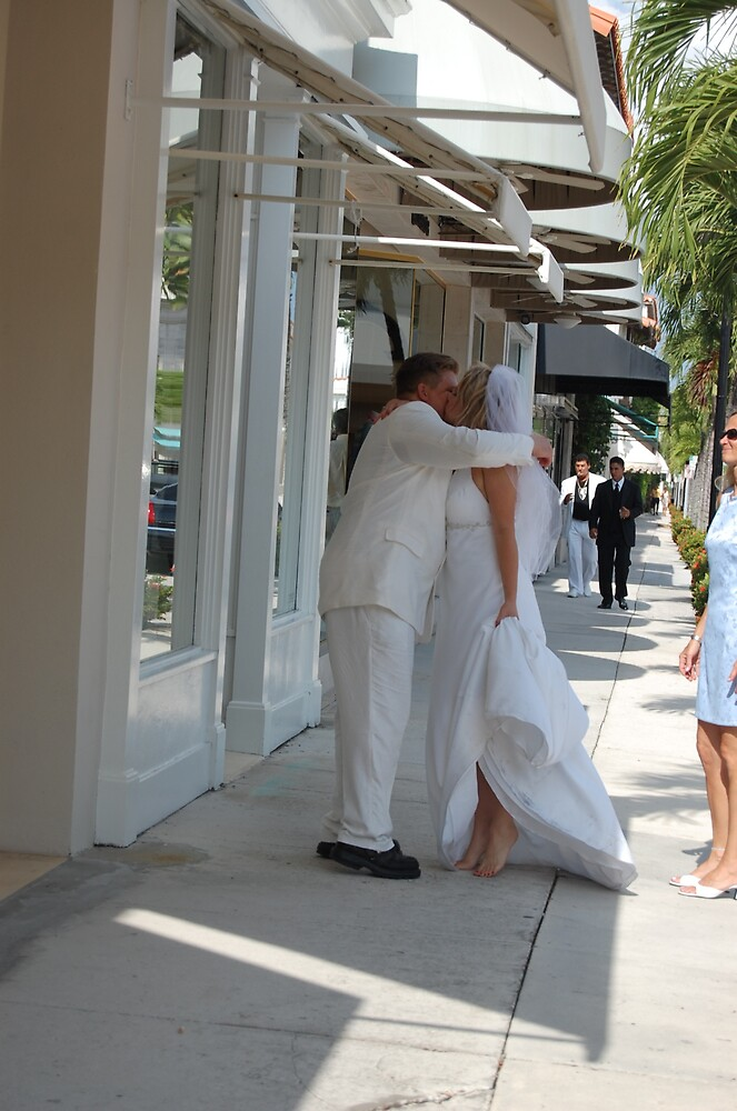 brother kiss the bride by nunca