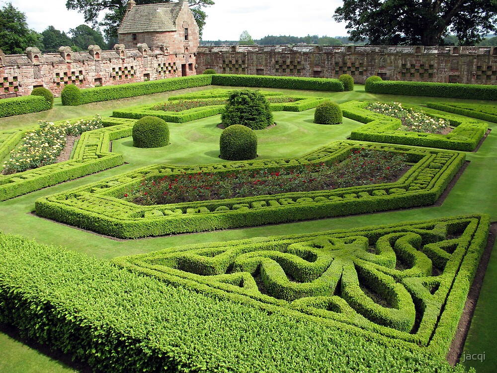 Edzell Castle Garden by jacqi