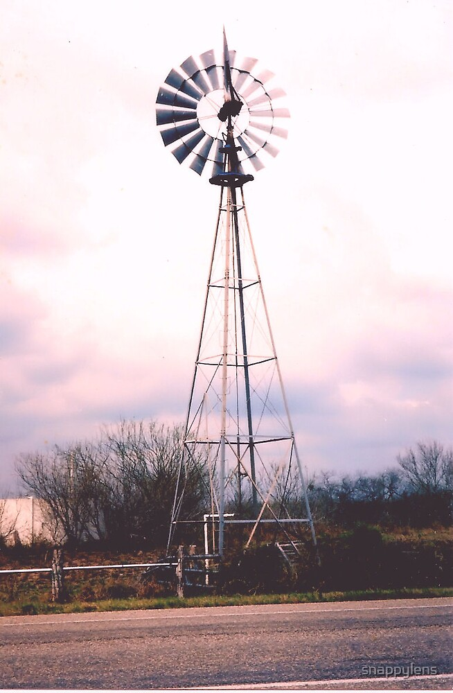 Windmill by snappylens