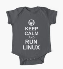 Keep Calm and Run Linux - Funny White Design for Computer Geeks One Piece - Short Sleeve