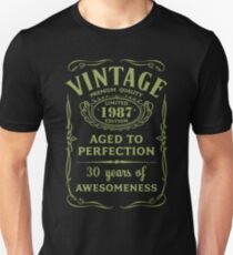 Green Vintage Limited 1987 Edition - 30th Birthday Gift Unisex T-Shirt