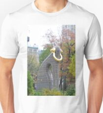 Elephant Statue in Madison Square Park Manhattan Unisex T-Shirt