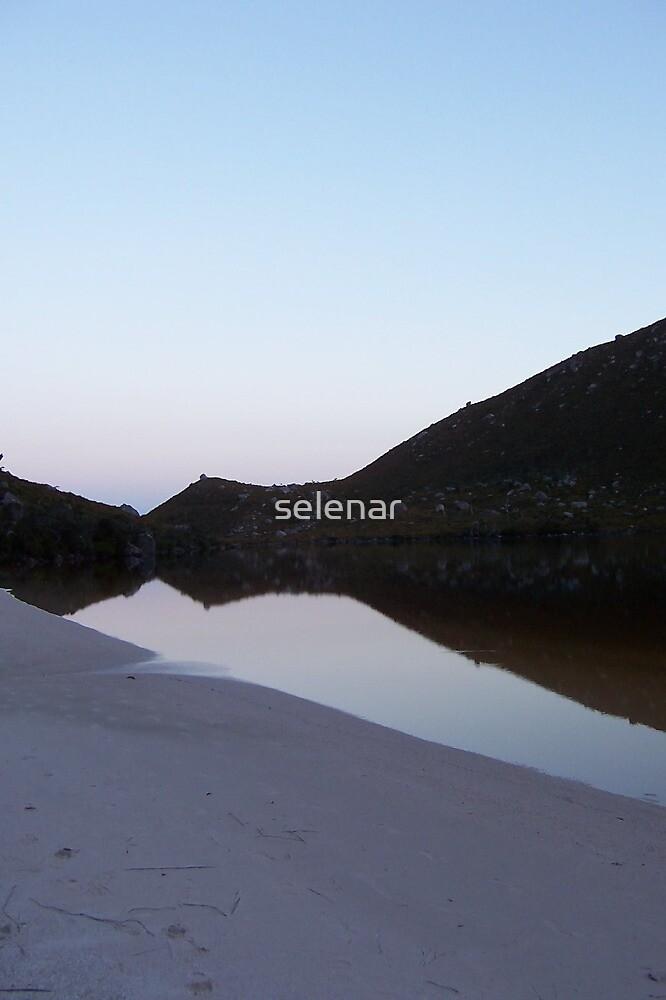 Lake Rhona by selenar