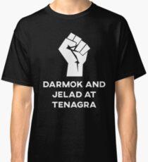 Camiseta clásica Darmak y Jelad en Tenagra
