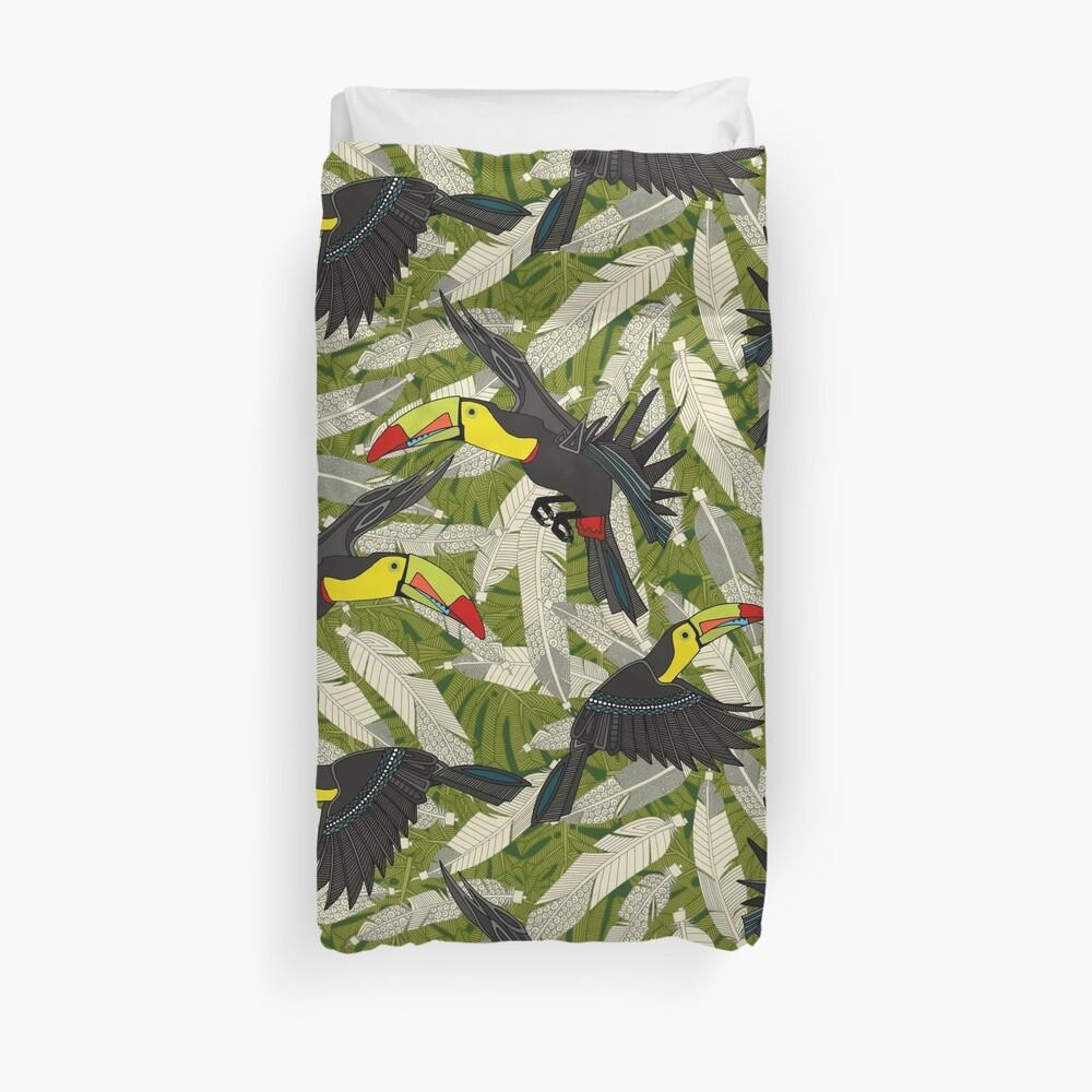 toucan jungle Duvet Cover