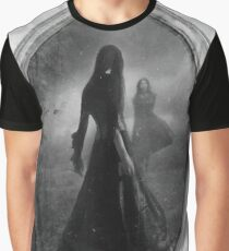 LADY IN THE MIRROR  Graphic T-Shirt