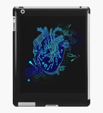 Electric Heart | Urban Goth Design iPad Case/Skin